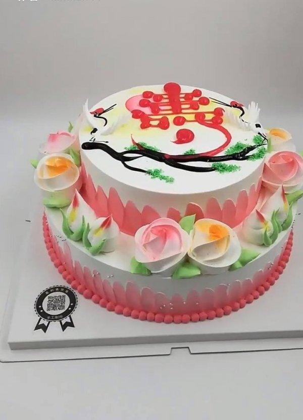 Ideias simples de bolos decorados, você vai amar todos eles!