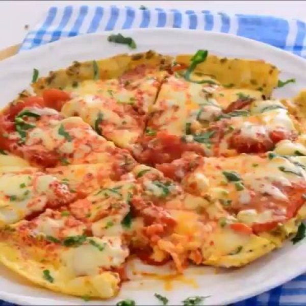 Omelete com tomate, uma receita diferente para variar no cardápio!