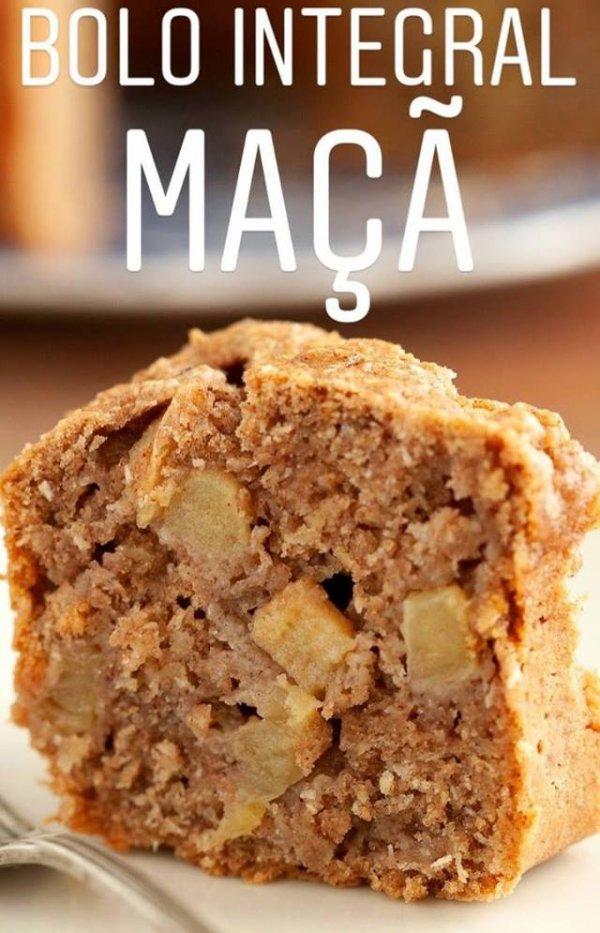 Receita de bolo integral vegano de maçã, fica muito bom e é super prático!