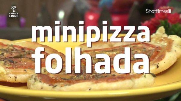 Receita de mini pizza com massa folhada, boa opção para cozinhar rápido!