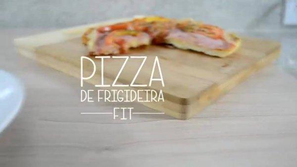 Receita de pizza de frigideira fit, facil de fazer, uma delicia de comer!!!
