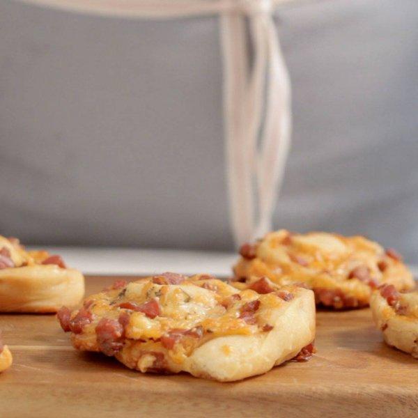 Rocambole de pizza delicioso perfeito para os finais de semana!!!